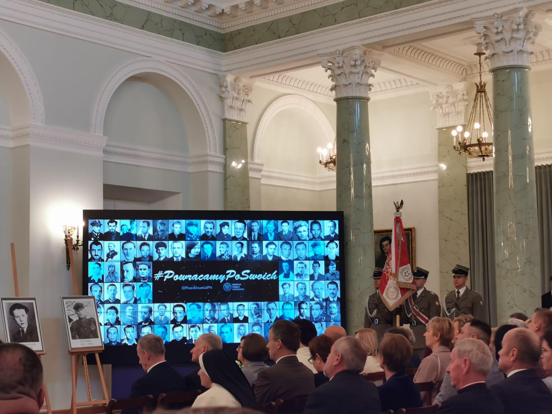 Pałac Prezydencki – wręczenie identyfikacji Żołnierzy Niezłomnych
